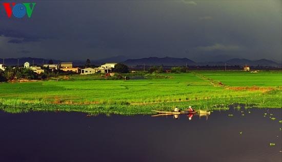 Die romantische Landschaft der Tam Giang Lagune - ảnh 9