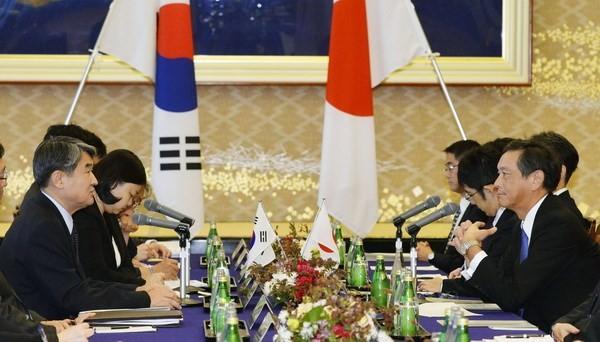 Japan und Südkorea wollen bilaterale Beziehungen verbessern - ảnh 1