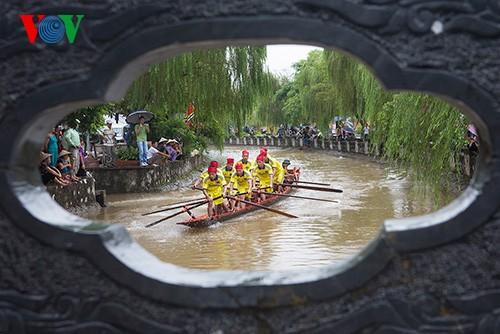 Bootsrennen im Dorf Hanh Thien - ảnh 11