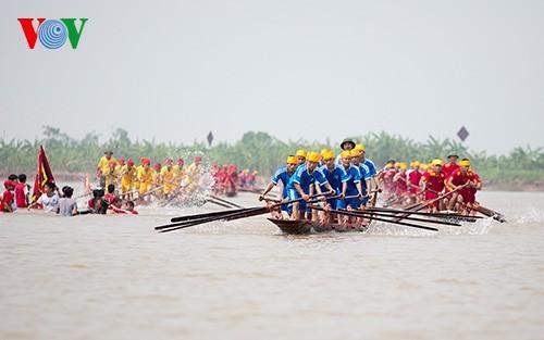 Bootsrennen im Dorf Hanh Thien - ảnh 4
