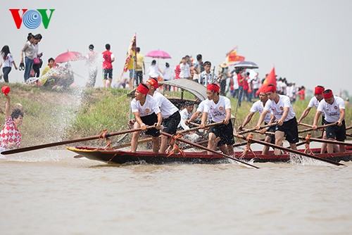 Bootsrennen im Dorf Hanh Thien - ảnh 5