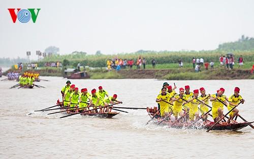 Bootsrennen im Dorf Hanh Thien - ảnh 7