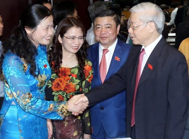 KPV-Generalsekretär Nguyen Phu Trong trifft die Bewohner im Stadtbezirk Hoan Kiem in Hanoi - ảnh 1