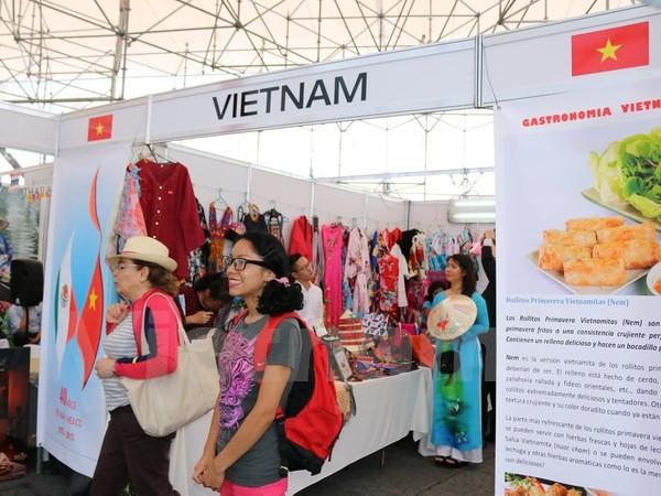 Die Kultur und Waren aus Vietnam sind in Messe in Mexiko beliebt - ảnh 1