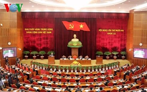 12. Sitzung des KP-Zentralkomitees eröffnet - ảnh 1