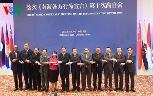 China und ASEAN beraten das Regel-Paket über das Verhalten im Ostmeer - ảnh 1