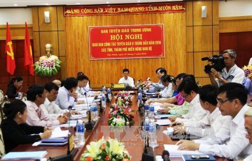 Konferenz für Erziehung und Aufklärung in den Provinzen im Südosten - ảnh 1