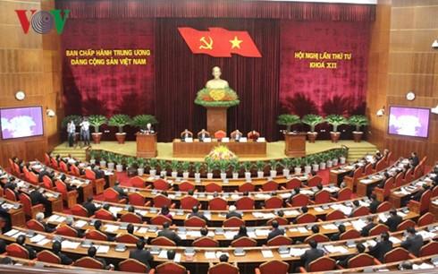 Eröffnung der Sitzung des KP-Zentralkomitees - ảnh 1