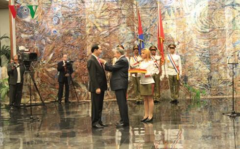 Der kubanische Staatschef empfängt Staatspräsident Tran Dai Quang  - ảnh 2