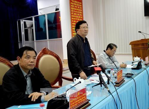 Vize-Premierminister Trinh Dinh Dung: Das Leben und das Vermögen des Volkes soll geschützt werden - ảnh 1