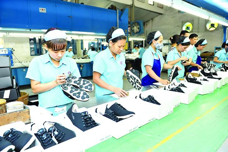 Der Export von vietnamesischen Lederschuhe wird sich im Jahr 2018 besser entwickeln - ảnh 1