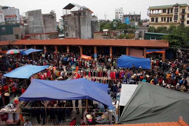 Hang-Markttag in Hai Phong in den letzten Tagen des Jahres nach dem Mondkalender - ảnh 2