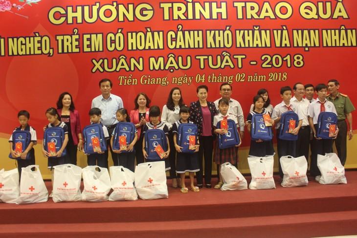 Parlamentspräsidentin Nguyen Thi Kim Ngan besucht Provinz Tien Giang - ảnh 1
