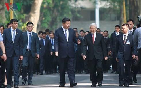 Parteichefs von Vietnam und China beglückwünschen zum Neujahr - ảnh 1