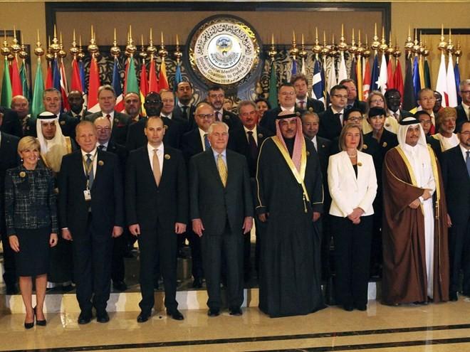25 Milliarden US-Dollar zum Wiederaufbau im Irak zugesagt - ảnh 1
