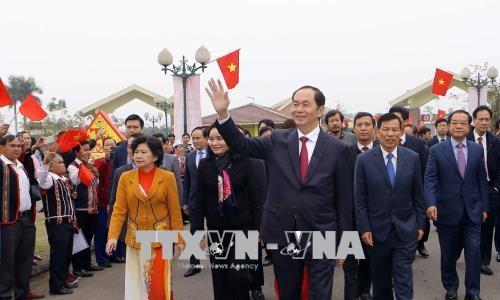 Staatspräsident fordert konkrete Maßnahmen zur Hilfe der ethnischen Minderheiten - ảnh 1