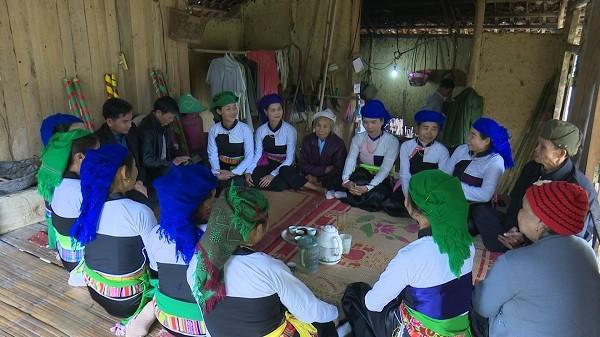 Volksgruppe Muong in Phu Tho bewahrt ihre Kulturidentität - ảnh 2