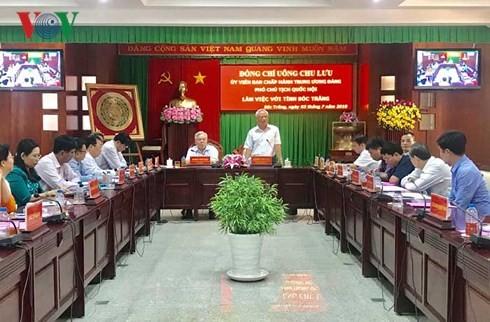 Vize-Parlamentspräsident Uong Chu Luu besucht die Provinz Soc Trang - ảnh 1
