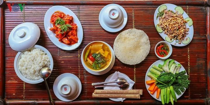 Königliche Rezepte und regionale Köstlichkeit in der Provinz Thua Thien Hue  - ảnh 1