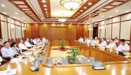 Sitzung des Politbüros und des Parteisekretariats über die auswärtigen Angelegenheiten - ảnh 1