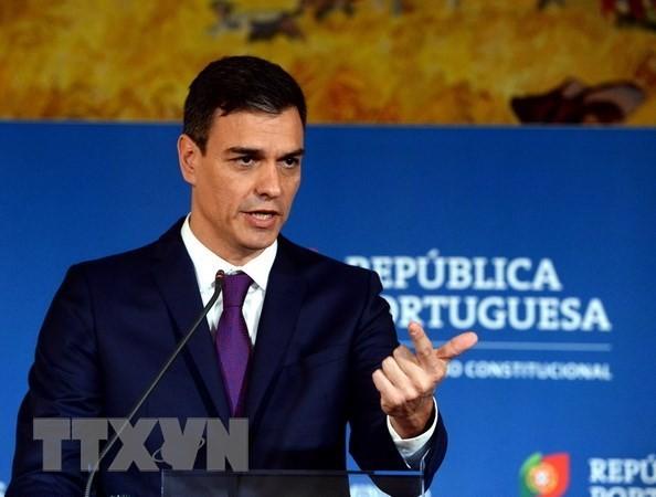Spaniens Ministerpräsident stellt Katalonien Abstimmung über mehr Autonomie in Aussicht - ảnh 1