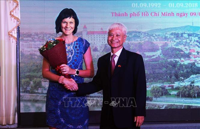 Ho Chi Minh Stadt feiert den Nationalfeiertag der Slowakei - ảnh 1