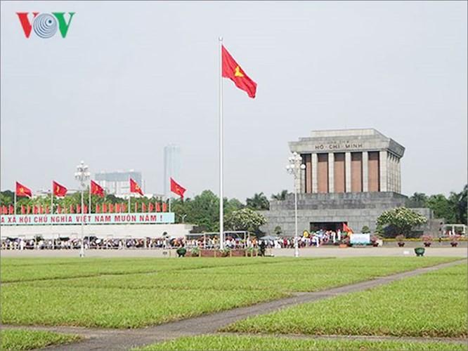 Zehn eindrucksvolle Sehenswürdigkeiten in Hanoi - ảnh 1
