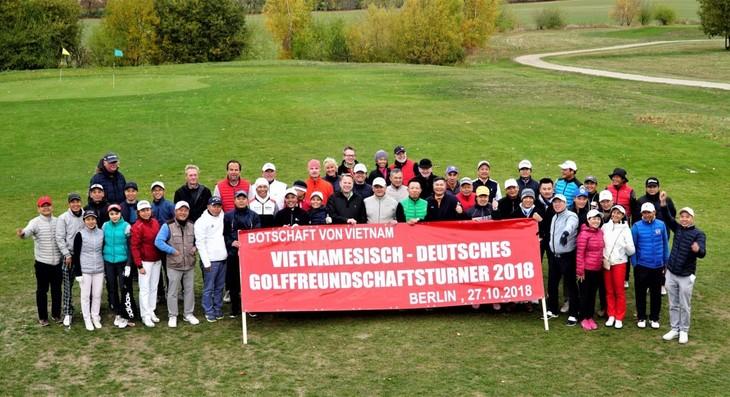 Golffreundschaftsturnier zwischen Vietnam und Deutschland 2018 - ảnh 1