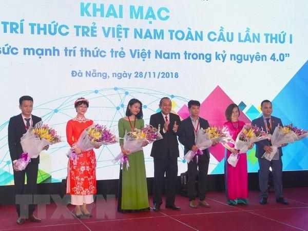 Entfaltung der Kräfte der jungen vietnamesischen Akademiker  - ảnh 1