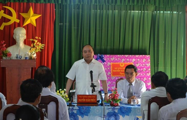 Der Premierminister tagt mit Verwaltern der Provinz Dak Lak - ảnh 1