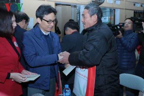 Vize-Premierminister Vu Duc Dam zu Gast in der Provinz Bac Kan  - ảnh 1