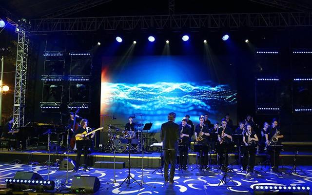 Das Europa-Sommerfest in Hanoi - ảnh 1