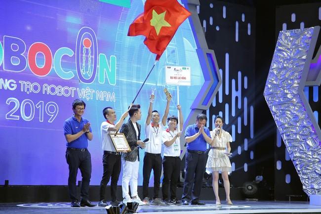 Die Hochschule Lac Hong gewinnt beim vietnamesischen Roboter-Wettbewerb - ảnh 1