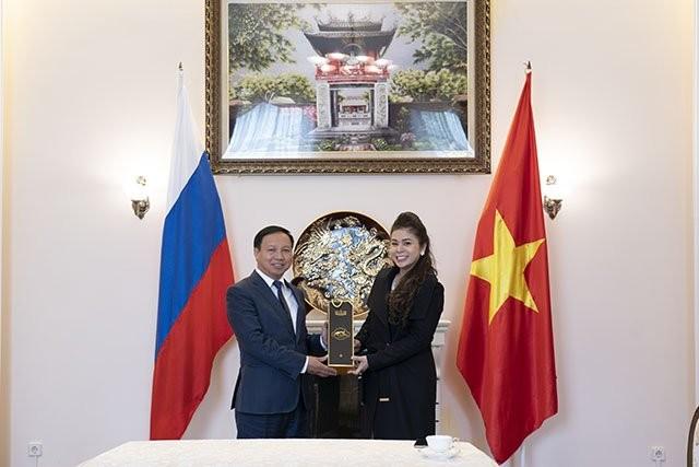 King Coffee wird bald über Einzelhandels-Kanäle in Russland verkauft - ảnh 1