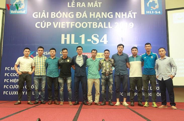 Eröffnung des Vietfootball-Pokals – das Turnier für Fußballbewegung - ảnh 1