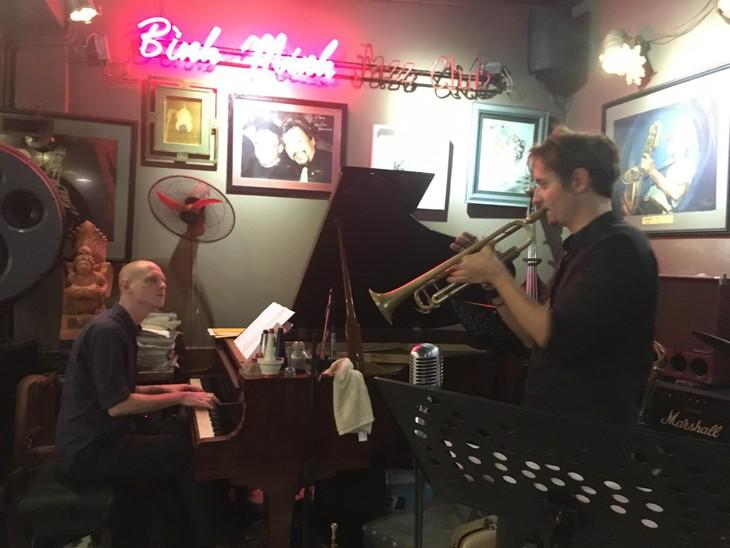 Österreichisches Jazz-Duo zu Gast in Vietnam - ảnh 1