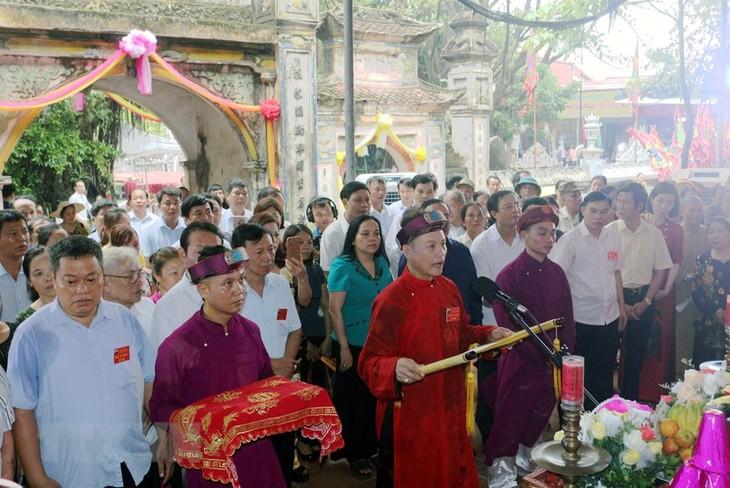 Traditionelles Fest im Lanh Giang-Tempel und Ahnenkult der Muttergöttin - ảnh 1