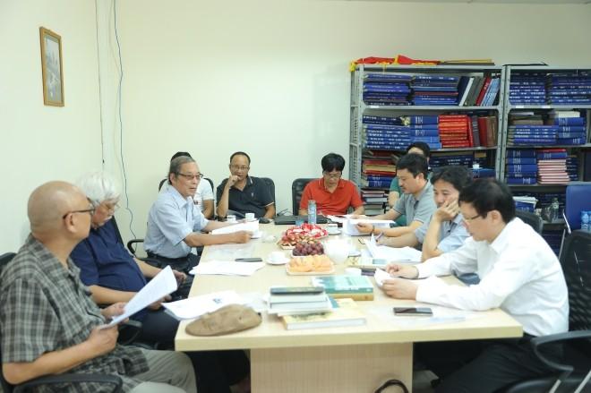 """Vorbereitung zur Verleihung des Preises """"Bui Xuan Phai – Für die Liebe zu Hanoi"""" - ảnh 1"""