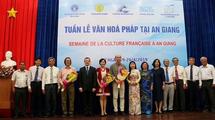 Semaine de la culture française à An Giang - ảnh 1