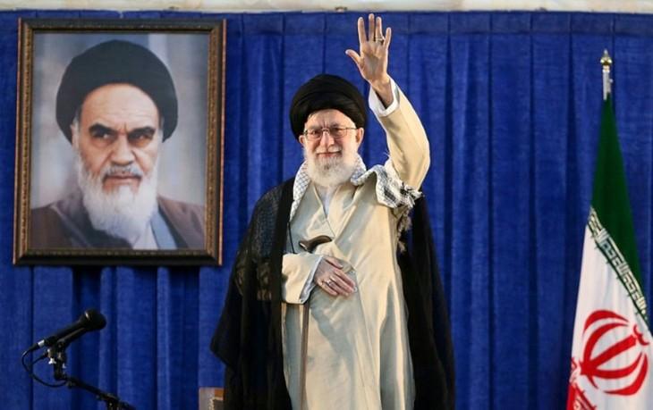 Pour l'Iran, la présidence de Trump signale le déclin politique des États-Unis - ảnh 1