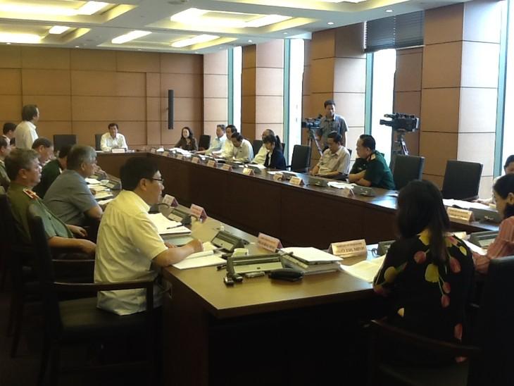 Quốc hội thảo luận về dự thảo Luật ban hành văn bản quy phạm pháp luật  - ảnh 1