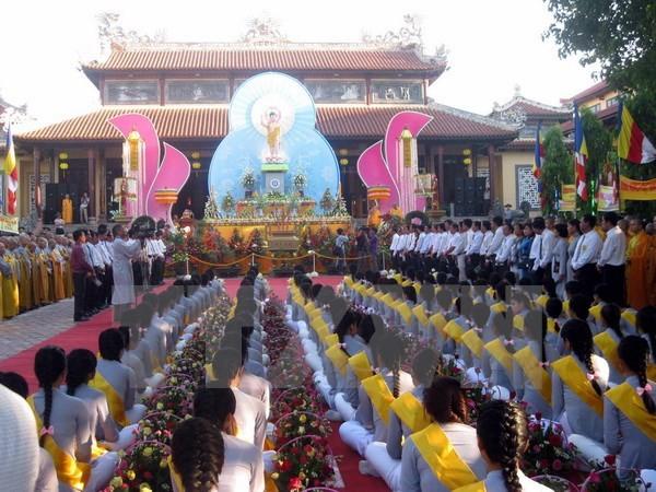 Chủ tịch Ủy ban Trung ương Mặt trận Tổ quốc Việt Nam gửi thư chúc mừng nhân Đại lễ Phật đản  - ảnh 1