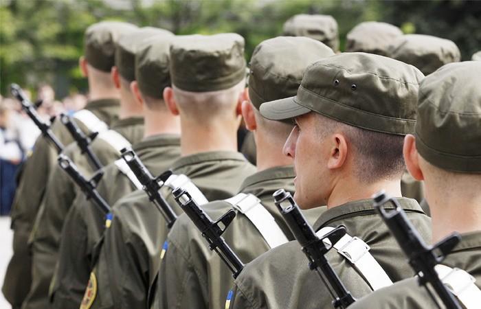 Верховная рада разрешила иностранцам служить в армии Украины - ảnh 1