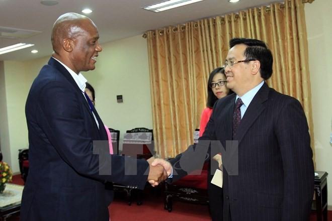 Компартия ЮАР высоко оценивает борьбу за национальное освобождение и развитие Вьетнама - ảnh 1