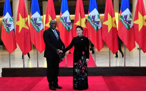 Укрепление отношений между парламентами Вьетнама и Гаити - ảnh 1