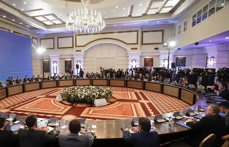 МИД РФ: Следующий раунд переговоров в Астане будет посвящен зонам деэскалации в Сирии - ảnh 1