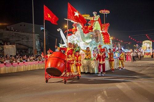 Фестиваль середины осени в городе Туенкуанг 2017 - ảnh 4