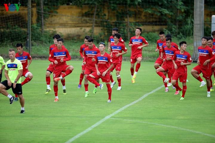 Сборная Вьетнама по футболу поднялась на 9 ступений в рейтинге ФИФА - ảnh 1