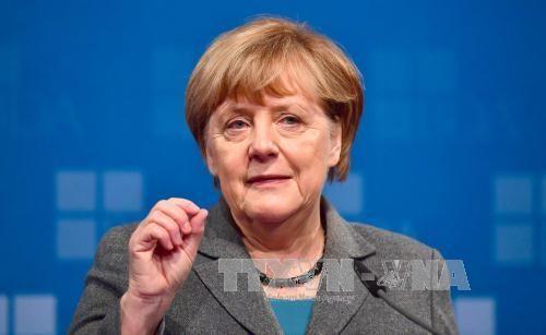 Ангела Меркель начала переговоры по созданию «ямайской коалиции» в Германии - ảnh 1