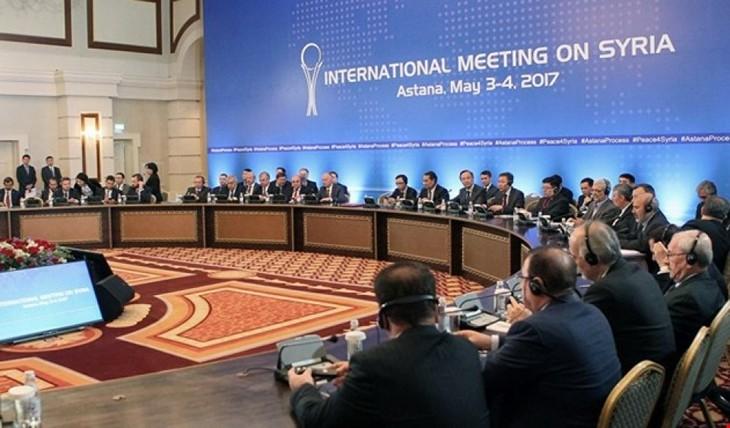 Сирийская оппозиция отказалась от участия в конгрессе в Сочи - ảnh 1